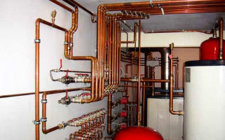 Как выполнить монтаж труб для систем отопления