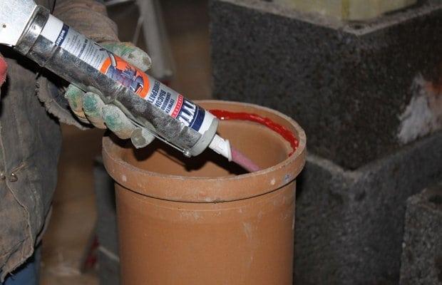 Герметик для печной трубы на крыше: металлической или из нержавейки
